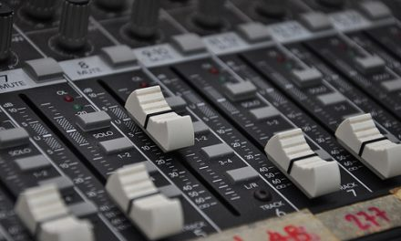 Learn How to Record Music in Recording Studio